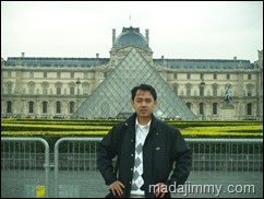 in Front of Louvre